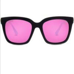 Diff Bella pink sunglasses 🕶